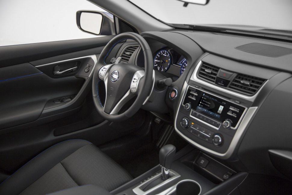 مراجعة سيارة نيسان التيما 2016