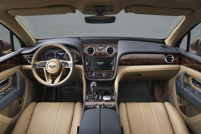 مراجعة سيارة بنتلي بينتايجا 2016