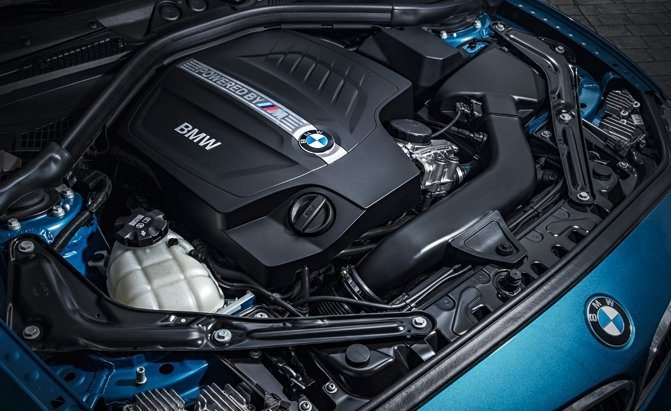 bmw-m2-engine-bay